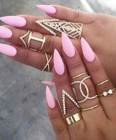 Pink matte stiletto nails @queenpee