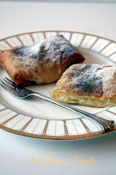 Bougatsa - Custard Filled Filo Pastries