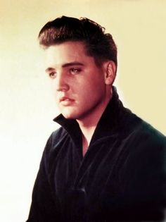 Photo shoot for RCA held in Frankfurt, Germany. Elvis was still in the service but it was done to have some 'fresh' photos of him to be used on record sleeves that were to be released (…