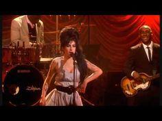 Amy Winehouse - 'Monkey Man' - live in London 2007.