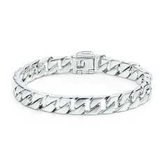 Curb link bracelet in sterling silver.