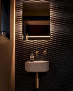 Space Saving Toilet Design for Small Bathroom - Home to Z - Badezimmer Bathroom Design Small, Bathroom Interior Design, Modern Bathroom, Bathroom Black, Copper Bathroom, Modern Toilet Design, Restroom Design, Boho Bathroom, Bathroom Colors