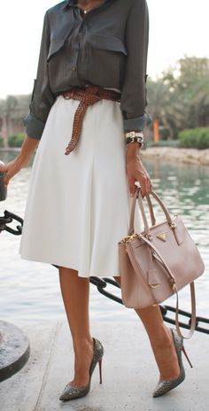 OutFit Ideas - Women look, Fashion and Style Ideas and Inspiration, Dress and Skirt Look. This would work for a casual day at the office. Office Attire, Office Outfits, Dresses For The Office, Skirts For Work, Modest Work Outfits, A Line Skirt Outfits, Classic Work Outfits, Stylish Work Outfits, Work Dresses