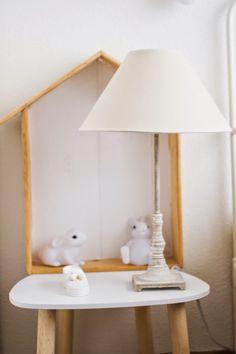 Cómo hacer una estantería casita  : via MIBLOG