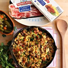 Mexican Style Sausage, Bacon, and Eggs surrounded by packages of Farmer Johns bacon and sausage and a wooden spatula. Mexican Food Recipes, New Recipes, Cooking Recipes, Ethnic Recipes, Creamy Chicken And Noodles, Chicken Noodles, Zucchini Patties, Mexican Seafood, Eat To Live