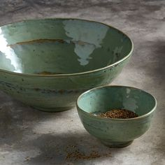 Stoneware Bowl Pure Design P. Naessens Serax - Size: One Size Pottery Painting, Ceramic Painting, Ceramic Art, Ceramic Tableware, Ceramic Bowls, Pottery Bowls, Ceramic Pottery, Green Dinner Plates, Cerámica Ideas