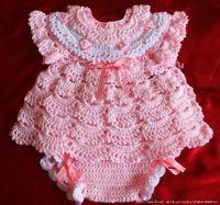 Delicadezas en crochet Gabriela: Vestido de bebé con bombachita