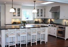 Transitional Kitchen - Villa Kitchens