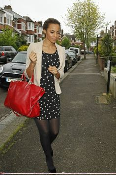 6793f2a5a6639 Rochelle Wiseman(The Saturdays) Rochelle Humes, Louis Vuitton Speedy Bag,  Supreme,