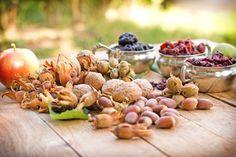 Czym jest zdrowa żywność i jakie produkty się do niej zaliczają? Czy w ogóle warto stosować zdrową dietę? Jakim chorobom pomaga zapobiegać prawidłowe żywienie? Kwestia odchudzania, a zdrowe odżywianie.  Odpowiedzi na te i wiele innych pytań dotyczących zdrowej żywności znajdziecie w obszernym artykule poświęconym tej tematyce.  Zapraszamy do lektury. https://oliwka24.pl/zdrowa-zywnosc/