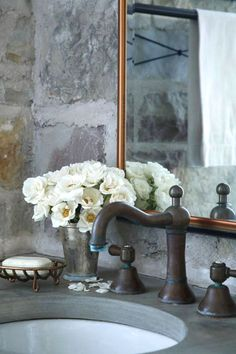 Great aged faucet and counter