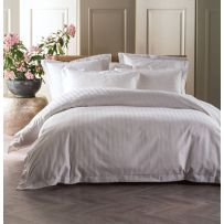 Linen House 1000 Thread Count Vaucluse White Queen Quilt Cover Set