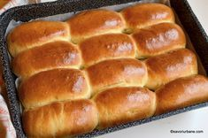 Good Food, Yummy Food, Tasty, Arabic Breakfast, Bread Recipes, Cooking Recipes, Romanian Food, Hamburger Buns, Snacks