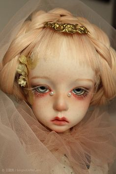 shinefryt:  Dollstown Deogi by blandbilker on Flickr.