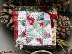 Carré de Noel 11   Flickr - Photo Sharing! Crochet, Pot Holders, Gift Wrapping, Gifts, Noel, Gift Wrapping Paper, Presents, Hot Pads, Chrochet