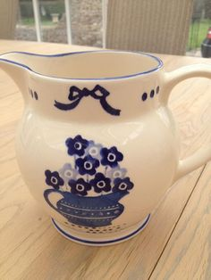 Emma Bridgewater Studio Special Blue Flowers 1.5 Pint Jug for Collectors Day