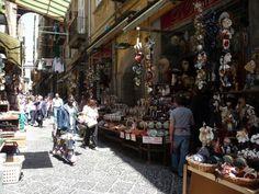 da non perdere: San Gregorio Armeno a Napoli