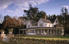 Farmhouse Renovation, Farmhouse Plans, Patio Interior, Interior Exterior, White Farmhouse, Modern Farmhouse, Farmhouse Addition, Restored Farmhouse, Victorian Farmhouse