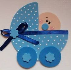 Dejo aquí algunas lindas ideas con sus moldes, esperando que te sean útiles y te gusten. Distintivos Baby Shower, Baby Shower Games, Baby Shower Parties, Baby Shawer, Mom And Baby, Diy And Crafts, Crafts For Kids, Paper Crafts, Baby Onesie Template