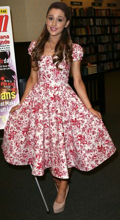 Ariana Grande's Best Looks | Twist