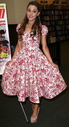 Ariana Grande's Best Looks   Twist