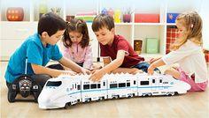 Enormi Dimensioni Musica Treno RC Giocattolo di Telecomando Elettrico Ferroviario 4 W RC Modello di Auto Treno Per I Bambini Il Regalo Treno Ferrovia Toyss