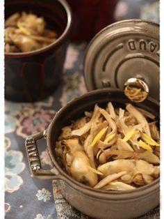 【ストウブミニココット】牡蠣と舞茸の釜めし by はるひ | レシピサイト「Nadia | ナディア」プロの料理を無料で検索 How To Cook Rice, Cabbage, Stuffed Mushrooms, Chicken, Vegetables, Party, Recipes, Staub, Food