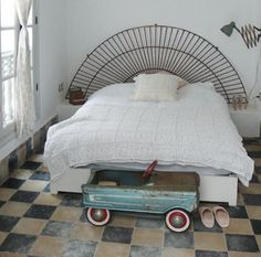 floors, headboard, old toy car