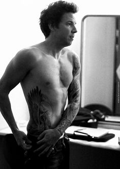Pierre Bouvier - Simple Plan. Had a huge crush on him when I was 13. I can see why :p