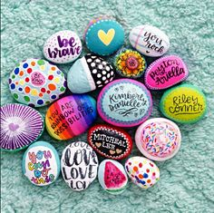 Painted rocks have become one of the most addictive crafts for kids and adults! Want to start painting rocks? Lets Check out these 10 best painted rock ideas below. Rock Painting Patterns, Rock Painting Ideas Easy, Rock Painting Designs, Painting For Kids, Dot Painting, Creative Painting Ideas, Watercolor Painting, Watercolor Tips, Watercolor Artists