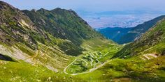 Descopera Romania, 5 munti frumosi pe care merita sa ii strabati: Muntii Fagaras.