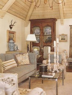 Gorgeous French Country Living Room Decor Ideas (33)