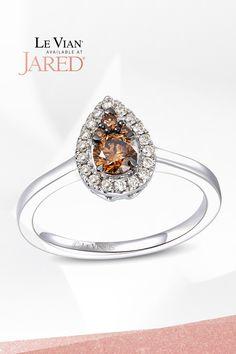 Swirls so sweet! A cluster of Chocolate Diamonds haloed by irresistible Nude Diamonds make this Le Vian ring so irresistibly scrumptious! Diamond Stone, Halo Diamond, Diamond Jewelry, Gemstone Jewelry, Le Vian, Black Rings, Swirls, Fashion Rings, Ring Designs