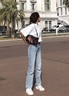 style inspiration + vacation look + fashion + outfit + summer naturals + beige aesthetic + neutral colour palette + beauty + mood board Cute Casual Outfits, Retro Outfits, Vintage Outfits, Summer Outfits, Stylish Outfits, Casual School Outfits, Simple Outfits, Mode Outfits, Jean Outfits
