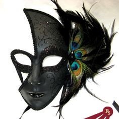 Venetian Style Half Face Masquerade Mask with Side Peacock Feather Venetian Masquerade Masks, Masquerade Party, Masquerade Centerpieces, Masquerade Dresses, Halloween Masquerade, Masquerade Costumes, Dark Angel Halloween Costume, Halloween Ball, Peacock Mask