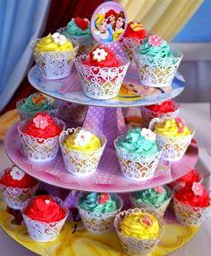disney princess cupcakes :)