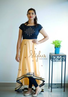 Trendy Dress For Work Ideas Simple 20 Ideas Trendy Clothes For Women, Trendy Dresses, Simple Dresses, Cute Dresses, Beautiful Dresses, Dresses For Work, Kalamkari Dresses, Kalamkari Tops, Mommy Daughter Dresses