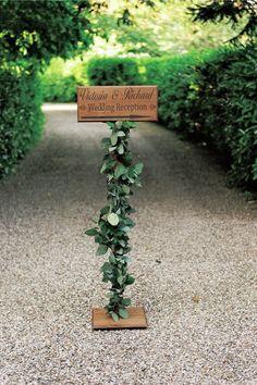 爽やかな紺白コーデの 英国的ガーデンウエディング@イギリス・ウィルトシャー 2