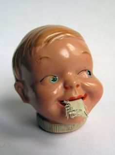 Tape measure, a wee bit creepy, eh? Defiinitely, but it is another example to pin. Vintage Sewing Notions, Antique Sewing Machines, Cool Stuff, Funny Stuff, Sewing Tools, Sewing Crafts, Sewing Kits, Sewing Projects, Vintage Tools
