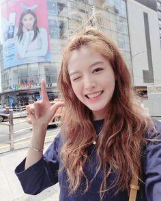 Jae-Kyung South Korean Girls, Korean Girl Groups, Tie Fighter, Girl Bands, Korean Celebrities, Asian Style, Role Models, Asian Beauty, Actors & Actresses