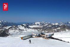 Slapen op grote hoogte! Niet alleen in: LEAPRUS, Elbrus (Russia) maar ook dichter bij huis op de Mont Blanc. Hoeveel uitzicht wil je hebben?