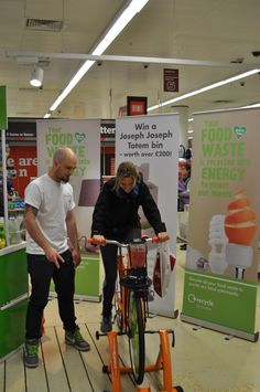 Food for power: Recycle for London and Sainsbury's joint recycling initiative at Ealing Sainsbury's shows how unused scraps can harness electricity #foodwaste