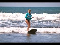 How to turn with Holly Beck - SurfGirl Magazine - Womens and Girls Surfing, Surf Fashion, Surf News, Surf Videos