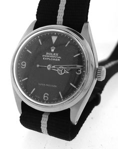 You can never go wrong with a vintage watch on a NATO strap. ROLEX Vintage Explorer I Watch Black Dial on Nato Strap Ref. 5500 From 1952 Big Watches, Cool Watches, Rolex Watches, Watches For Men, Vintage Rolex, Vintage Watches, Breitling, Rolex Explorer, Gents Fashion