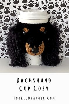 Can you handle the tail wag-worthy cuteness of this Long-haired Dachshund cozy crochet pattern?! If you are or know a true dog lover you understand why this is a paw-some addition to any cup. You will never have so much fun crocheting! Crochet Dog Patterns, Crochet Ideas, Dog Lover Gifts, Dog Lovers, Quick Crochet Gifts, Coffee Cozy Pattern, Crochet Mug Cozy, Animal Noses, Long Haired Dachshund
