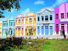 A cidade de João Pessoa, a capital da Paraíba, foi fundada em 1585 e é a terceira cidade mais antiga do Brasil! E por incrível que pareça de acordo com a ONU (1992) temos a segunda cidade mais arborizada do mundo, a primeira é Paris! ***R