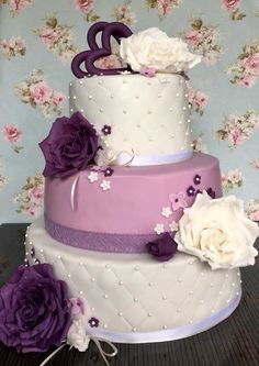 Wedding Vintage roses Cake by Cakes4FriendsbyAgnes - http://cakesdecor.com/cakes/292546-wedding-vintage-roses-cake
