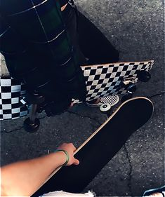 Skate Club California SKATEBOARDS BULLDOG Skateboard blue cigar Man Sweatshirt Size Men S to M