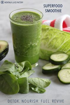 Energizing, detoxifying superfood smoothie.