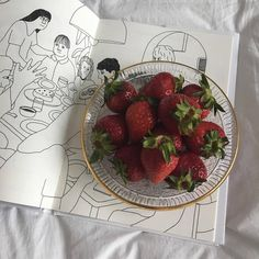 Jewellery For Lady - Best Fruits, Healthy Fruits, Healthy Recipes, Healthy Food, Fruit Photography, Aesthetic Food, Strawberry, Raspberry, Food Porn